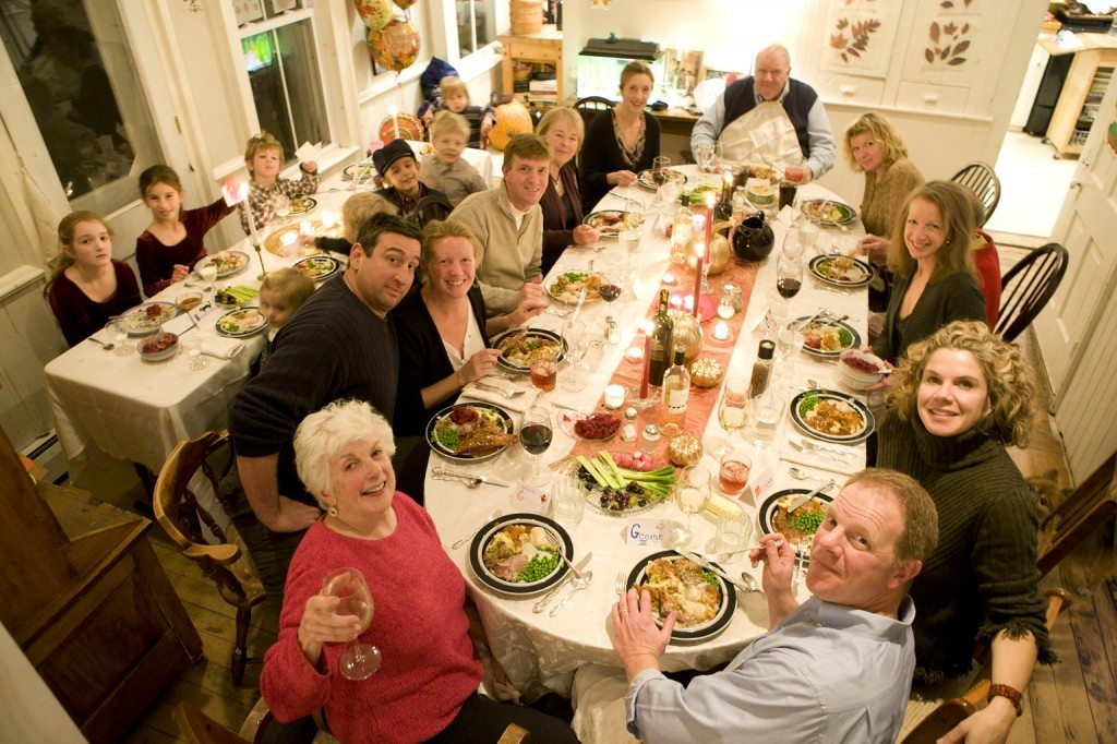 How to Photograph the Thanksgiving Dinner Table